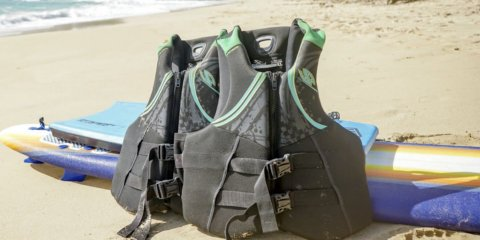 Life vest rentals for adults
